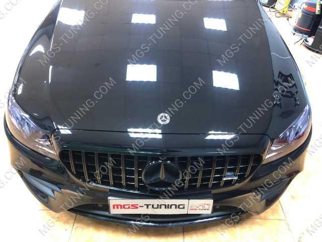 Решетка радиатора в стиле GT Black Mercedes C-Class W205