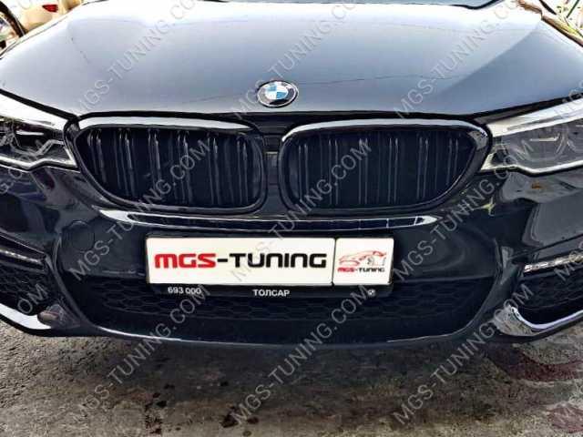 Решётка в стиле BMW M5 G30 черный глянец